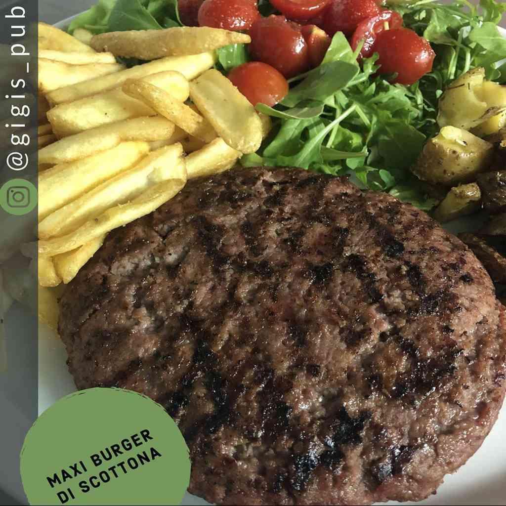 Maxi Burger di scottona! 😃 Per concludere la settimana al meglio 😉